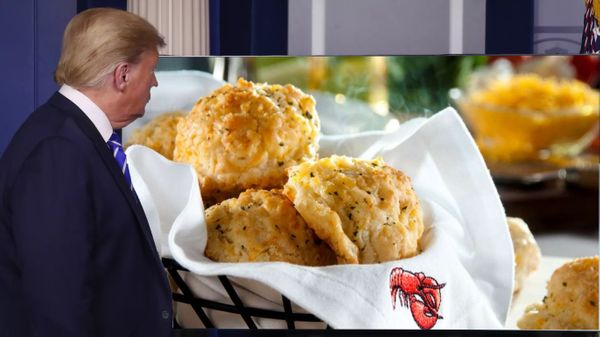 Report: Trump Suggests Injecting Red Lobster Biscuits To Cure COVID-19